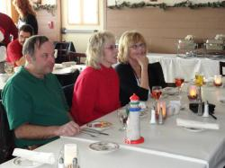 Retread_Christmas_2011_005_op_640x480